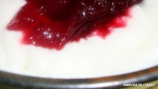 Domáci jogurt z kozieho mlieka