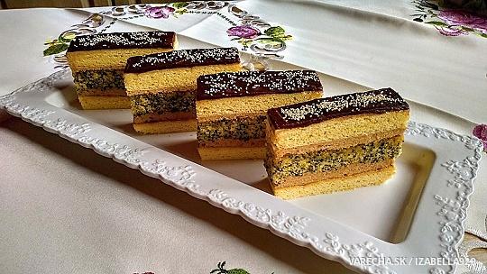 Francúzske medovo-makové krémové rezy