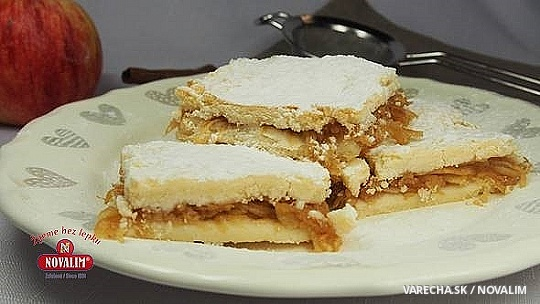 Jablkový koláč z krehkého cesta