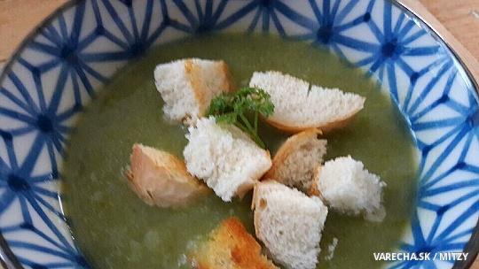 Jednoduchá francúzska zemiakovo-cibuľková...