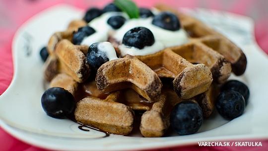 Kakaové wafle s čučoriedkami