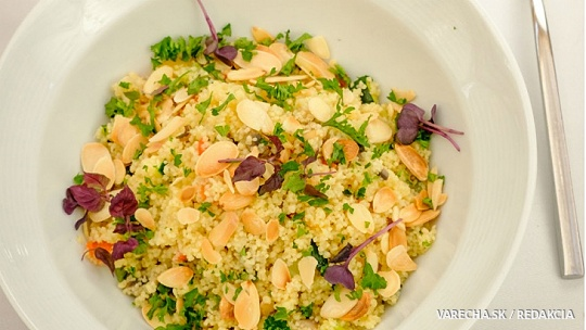 Kuskus so zeleninou a s mandľami