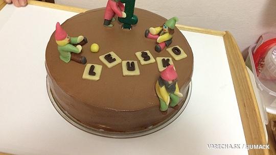 Nutellová torta s bielou čokoládou a mandľami