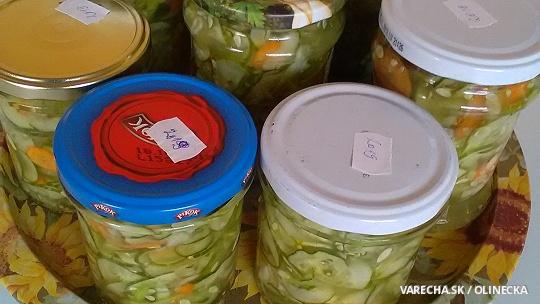 Sterilizovaný uhorkovo-mrkvový šalát