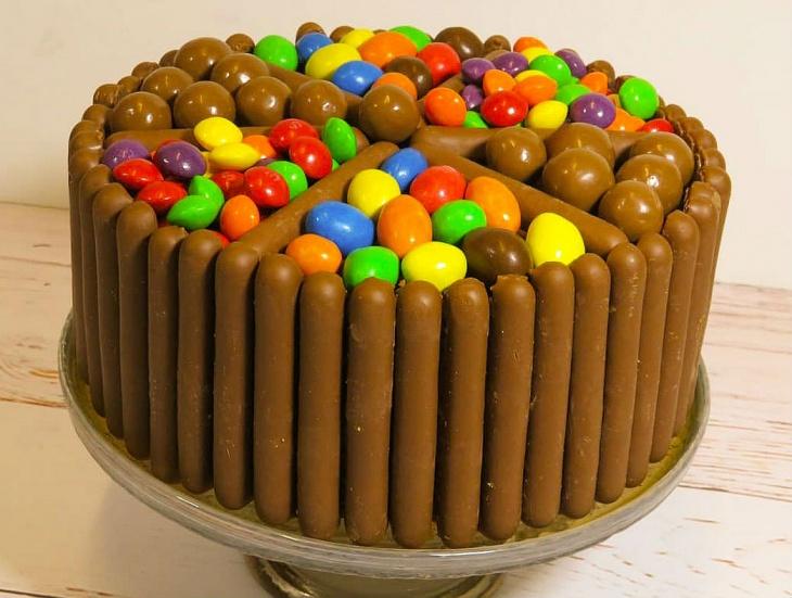 Torta s čokoládovými prstami (videorecept)