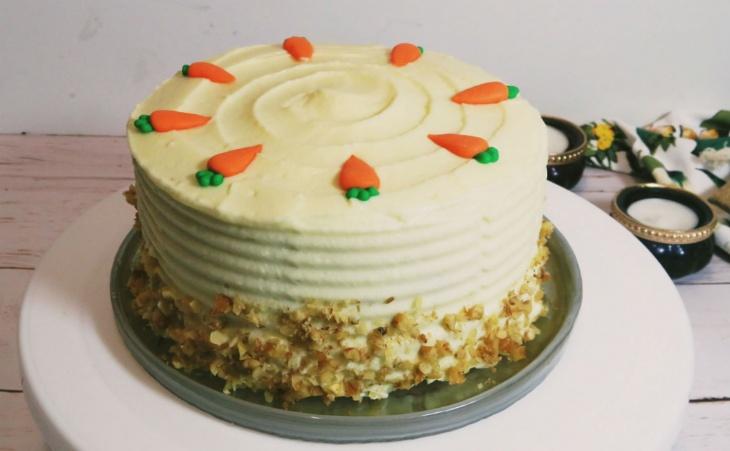 Mrkvová torta s orechmi a mascarpone krémom...