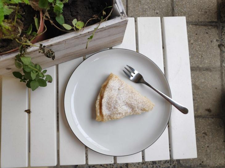 Jemný hruškový koláč