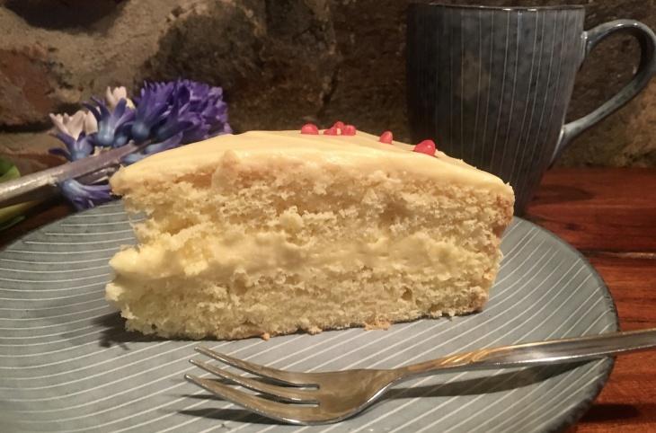 Citrónová torta s limoncellom