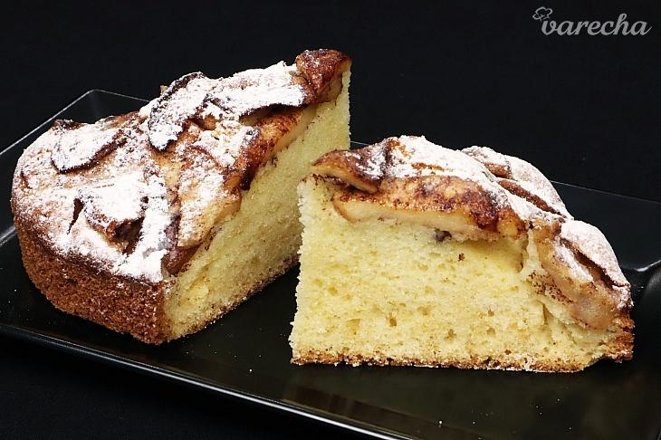 Lahodný jablkový koláč (videorecept)