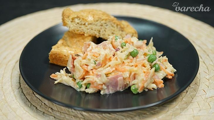 Zelerový šalát a syrový chlieb (videorecept)