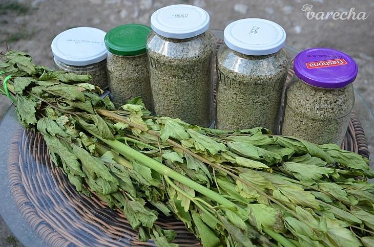Domáca vegetová soľ z ligurčeka