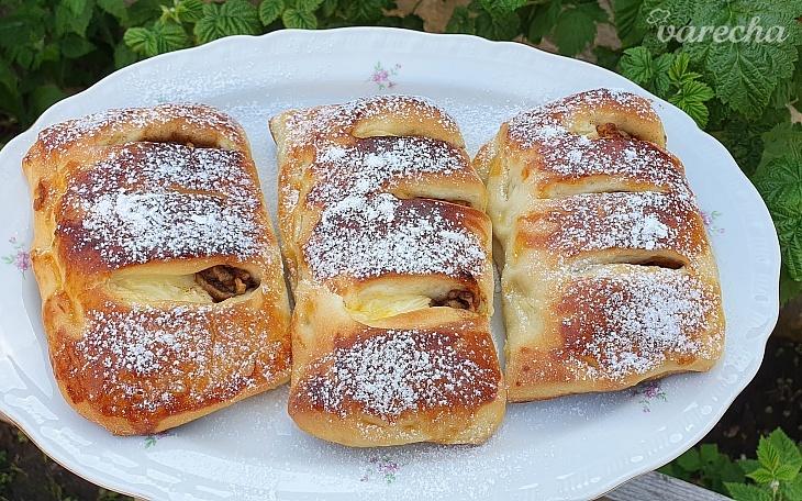 Jablkovo-pudingové koláče (videorecept)