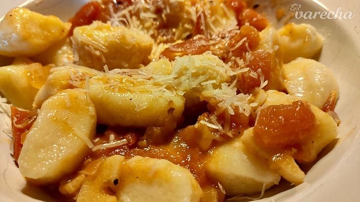 Gnocchi s jednoduchou paradajkovou omáčkou