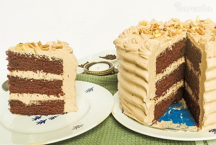 Čokoládová torta s krémom z Nutelly...