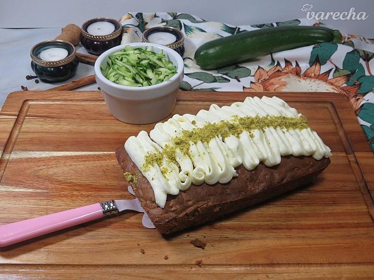 Cuketový koláč s mascarpone krémom s...