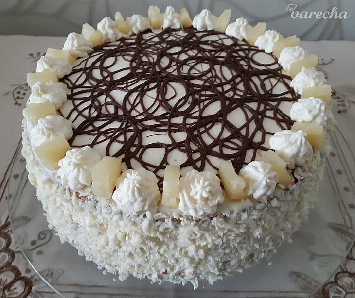 Ananásová torta s mascarpone krémom