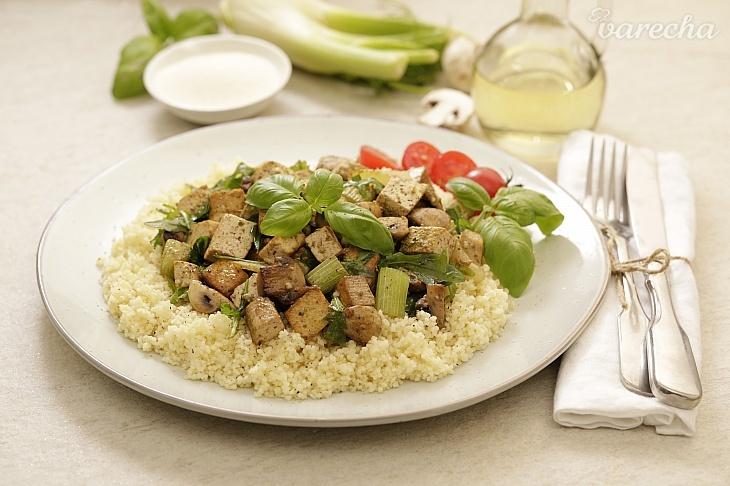 Kuskus s restovaným feniklom a Tofu