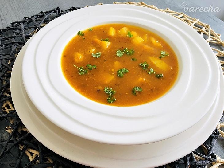 Voňavá zeleninová krémová polievočka