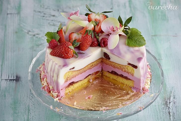 Torta s ľahkou penou a mramorovou zrkadlovou...