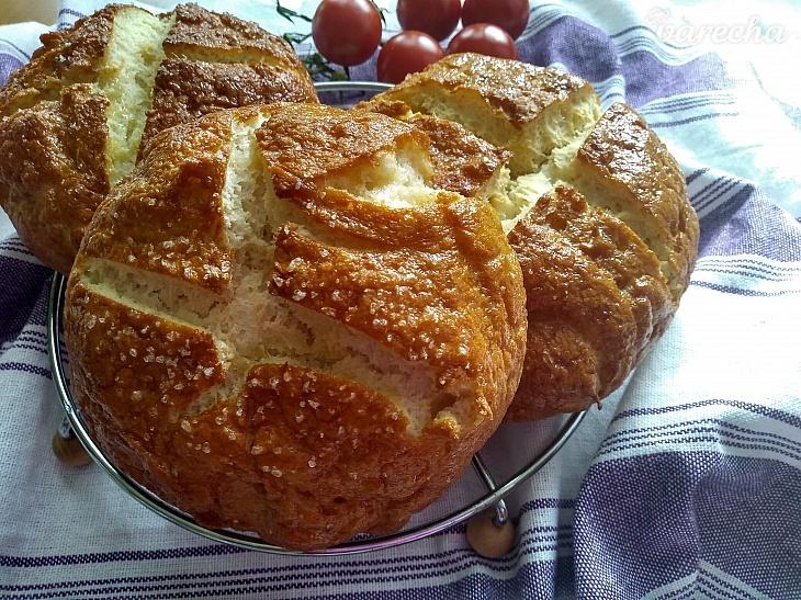 Páperový bezlepkový praclíkový chlieb
