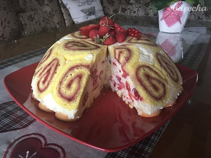 Bezlepková rozprávková torta