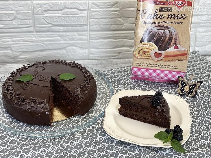 Bezlepková Sacherova torta (videorecept)