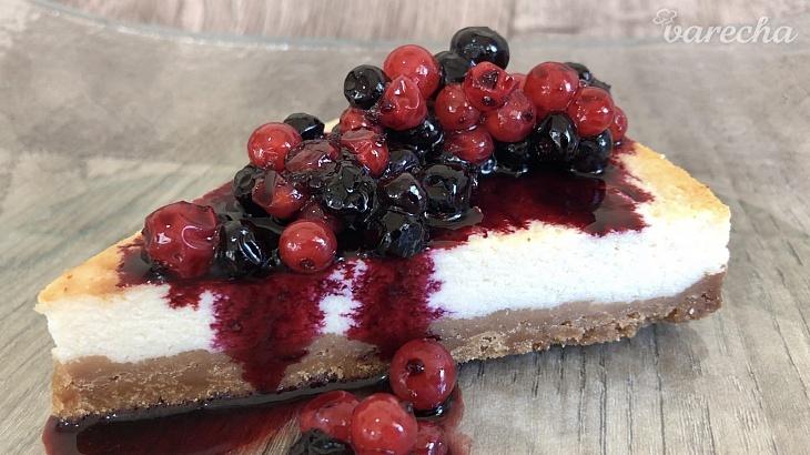 Tvarohový cheesecake s ovocím (videorecept)