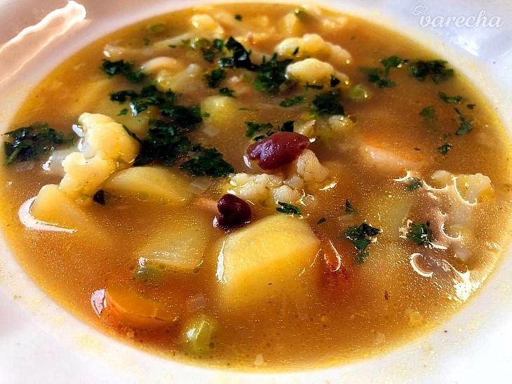 Jarná špičková polievka