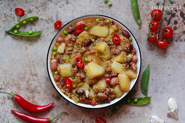 Zemiakovo-fazuľové chilli s quinoou