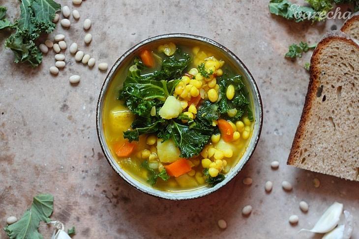 Fazuľovo-kelová polievka